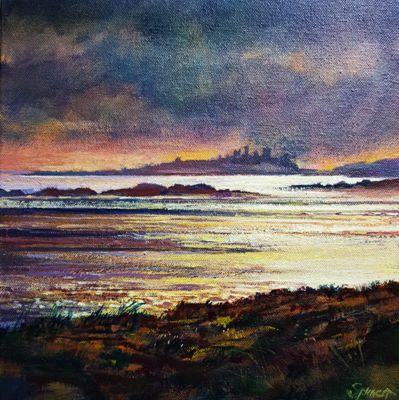 dunstanburgh sea light