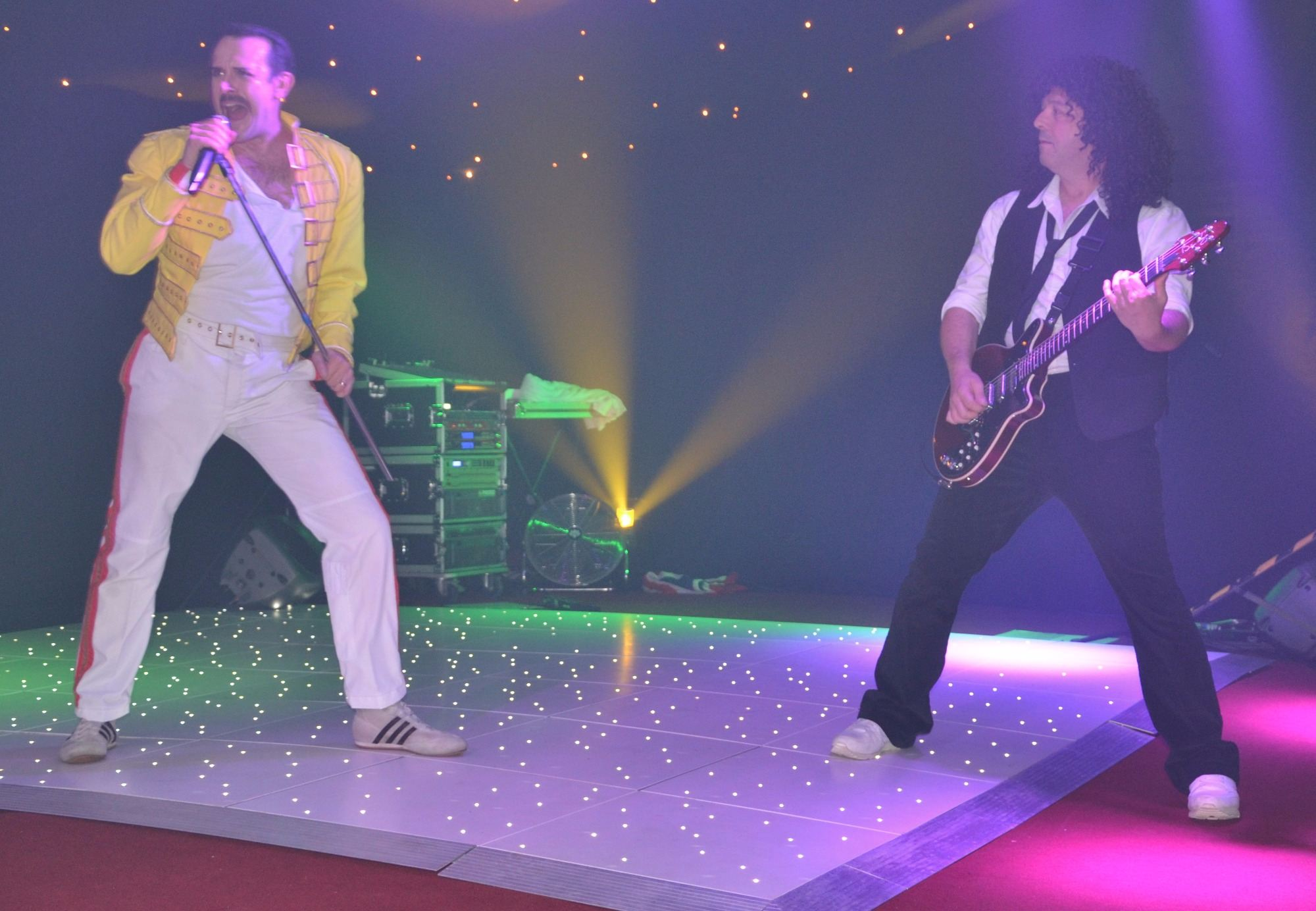 freddie mercury tribute act (Stereo Queen)