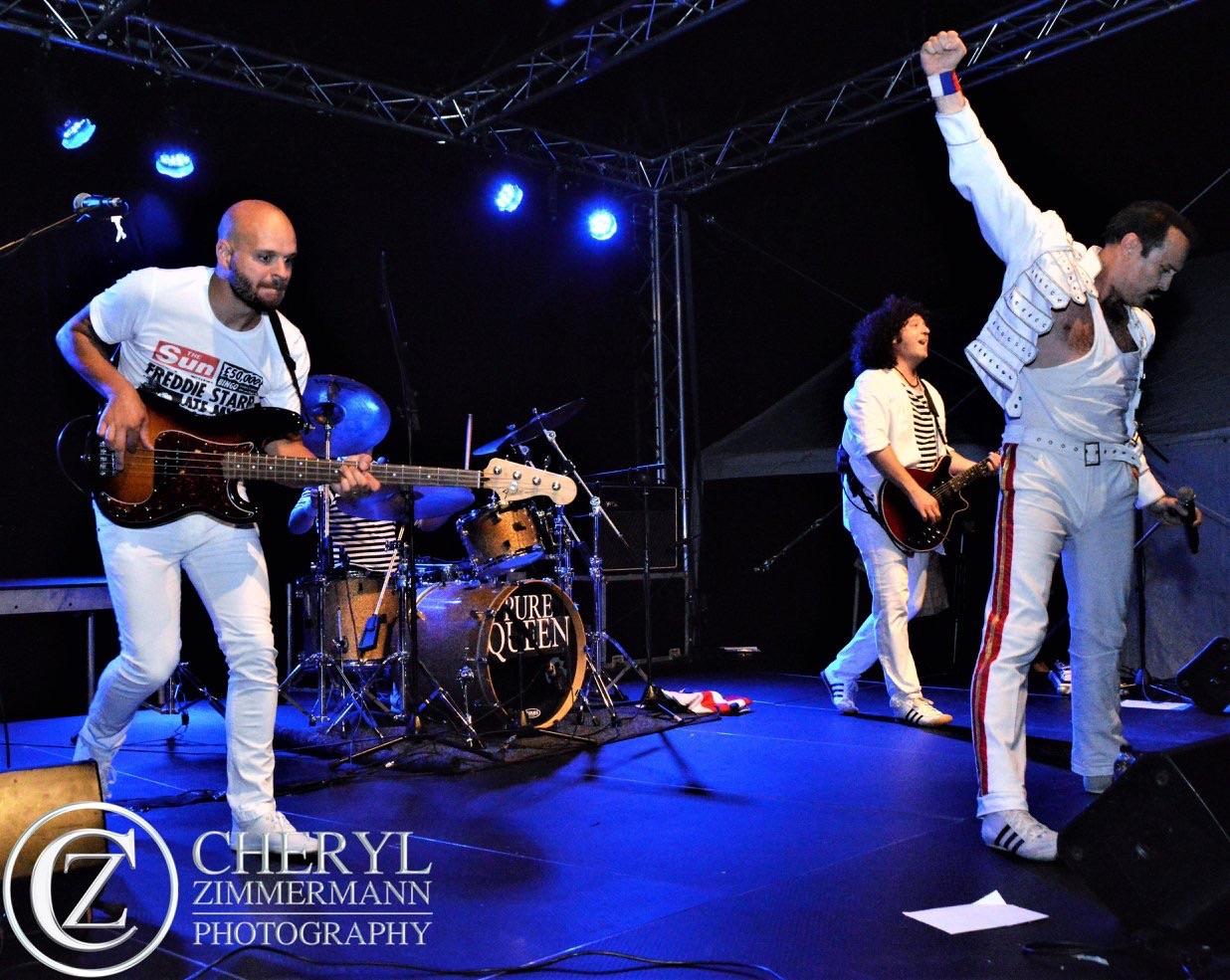Queen Live - Pure Queen