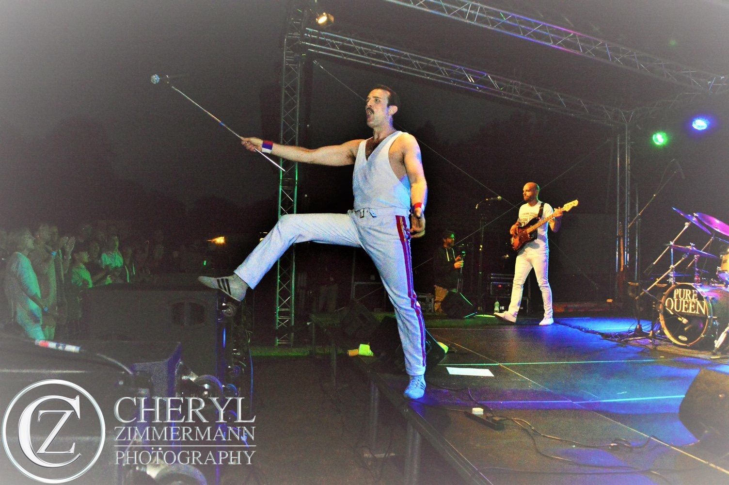 Queen live in concert - Pure Queen Tribute Band
