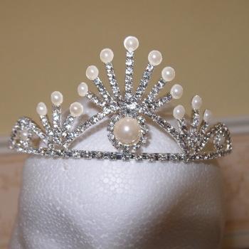 Faux pearl diamante silver toned tiara