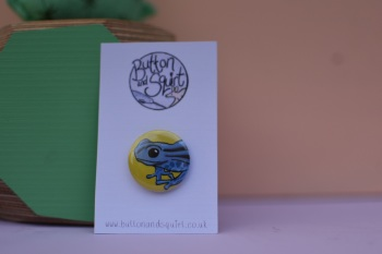 Dart Frog 25mm Badge