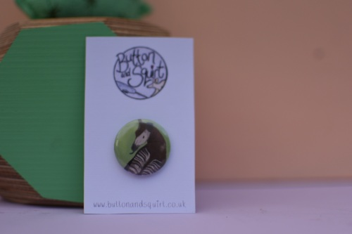 Okapi 25mm Badge