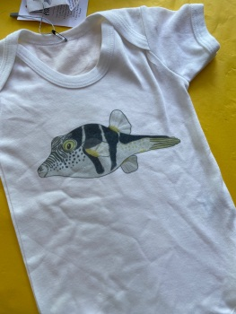 6-12m babygrow/vest saddled pufferfish