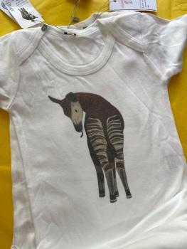 18-24m babygrow/vest okapi