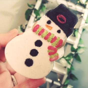 Frosty The Snowman Bath Bomb