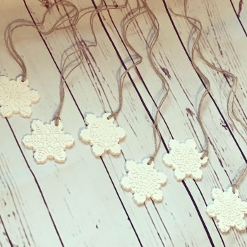 Snowflake (Festive) Fragranced Hanging Decoration