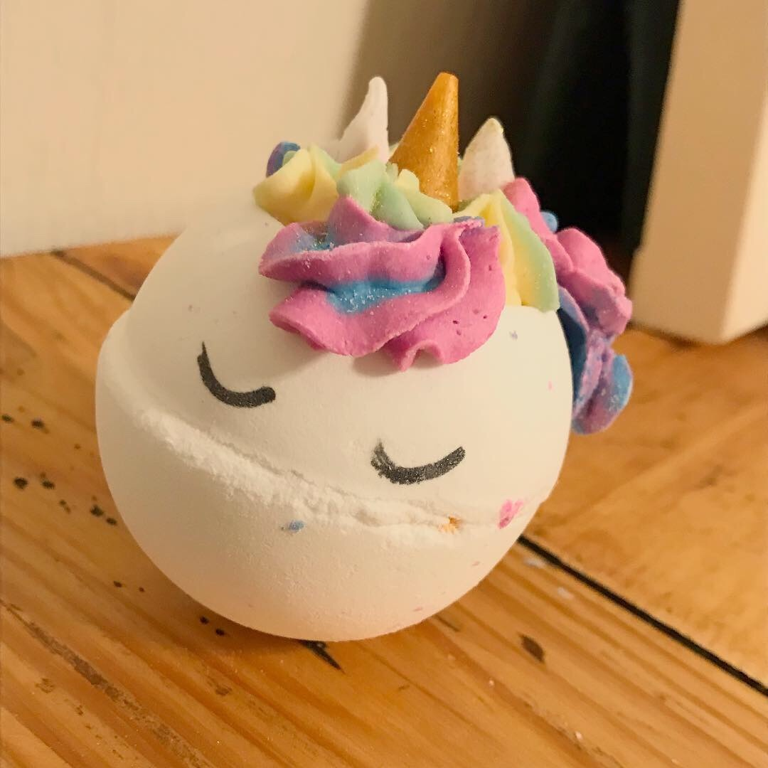 Destiny The Unicorn Bath Bomb