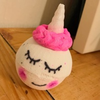 Shimmer The Unicorn Bath Bomb