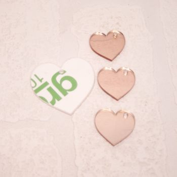 Heart keyring with 3 mini hearts (clear)