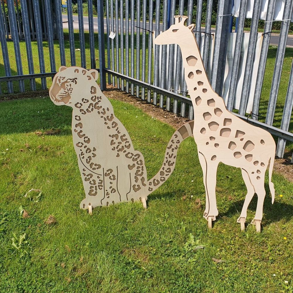 Large Giraffe Prop (POST INCLUDED ITEM)