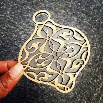 Veneer cutout deco bauble