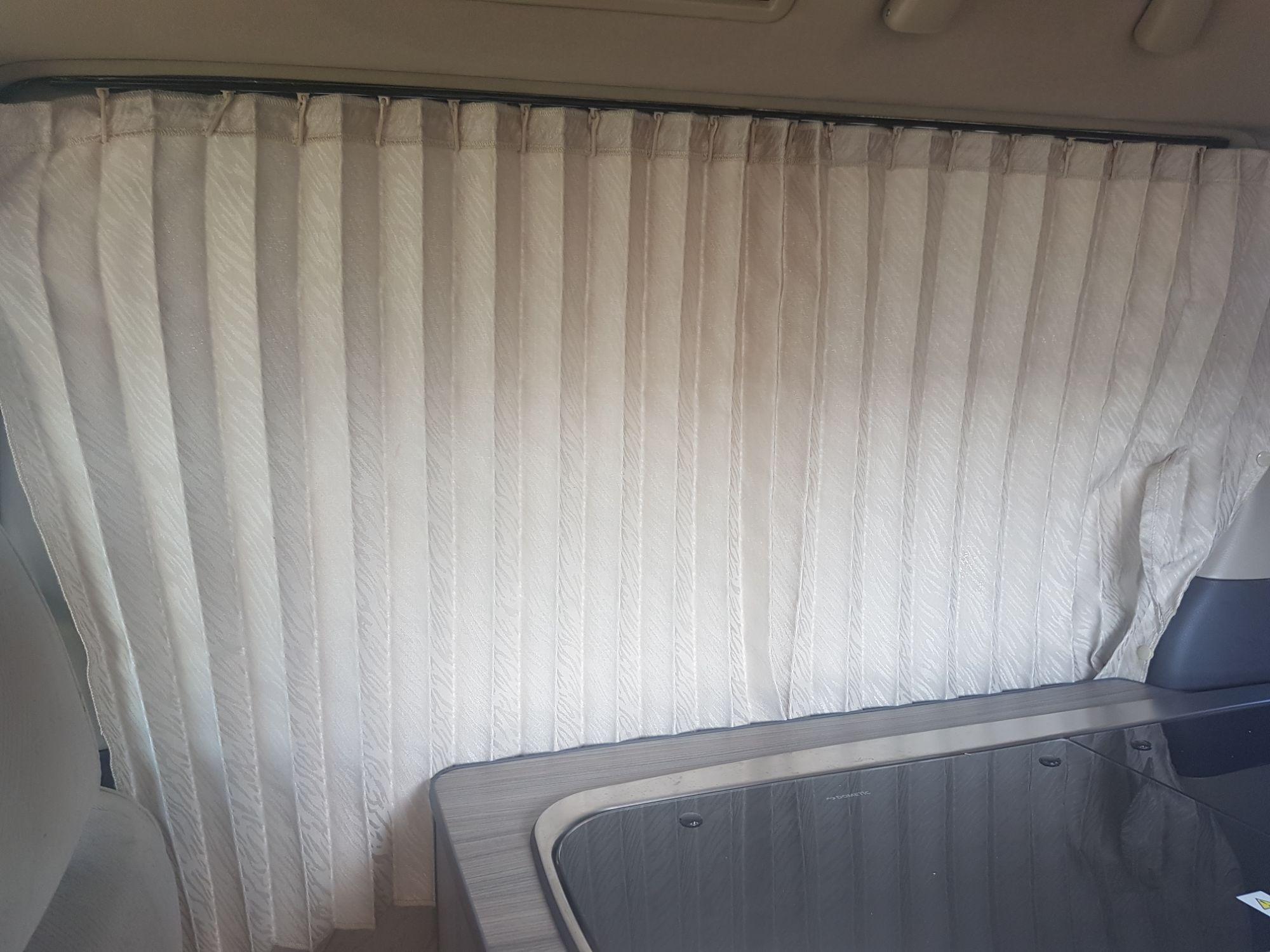 Alphard Curtains (28)