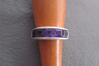 Sterling silver ring channel set with amethyst squares