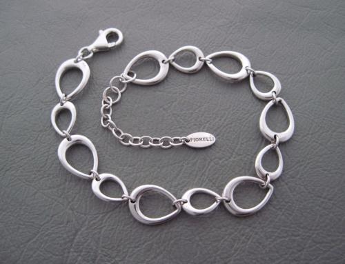 Sterling silver teardrop bracelet by FIORELLI