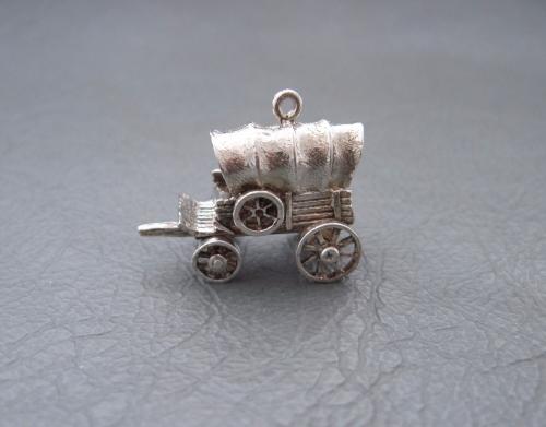 Vintage silver bracelet charm / pendant; wagon