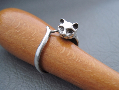 Sterling silver cat wrap ring