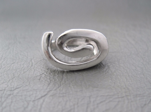 Sterling silver raised swirl ring