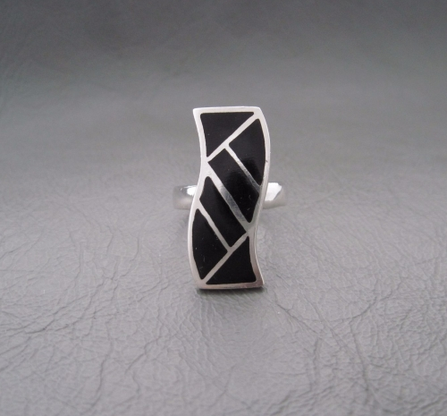 Sterling silver ring; love wave with black onyx inlay