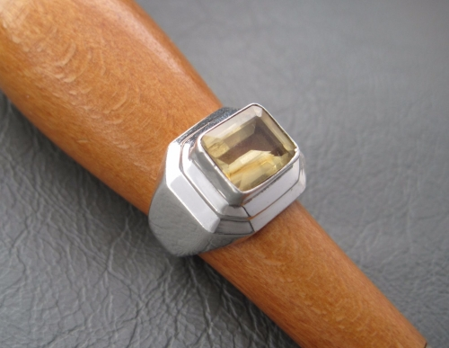 Sterling silver layer mounted Citrine ring