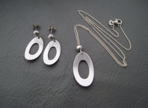Sterling silver necklace & earring set; ovals