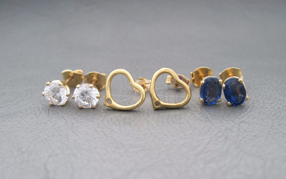 3 x pairs of gilt sterling silver stud earrings