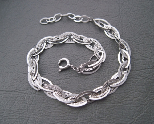 Sterling silver bracelet with textured links