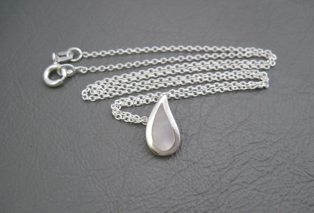 Small sterling silver & Mother of Pearl teardrop necklace
