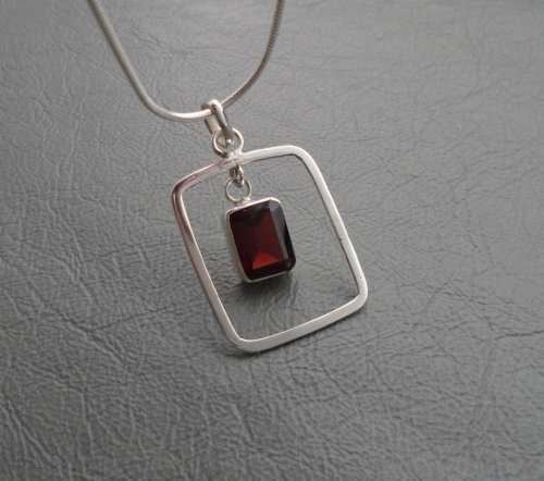 Sterling silver & garnet necklace