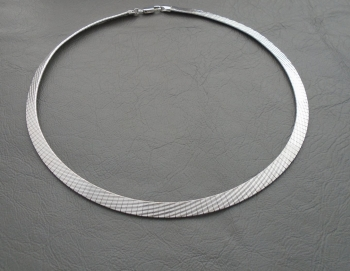 Sterling silver Omega chain collar / necklace