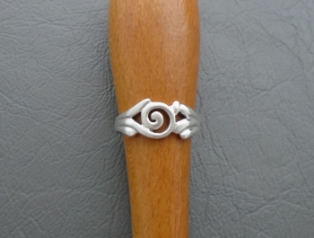 Funky sterling silver swirl ring