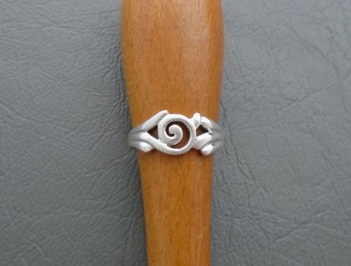 Funky sterling silver swirl ring
