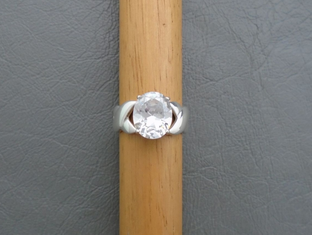Chunky sterling silver oval solitaire ring