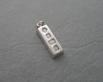 Small vintage sterling silver ingot pendant