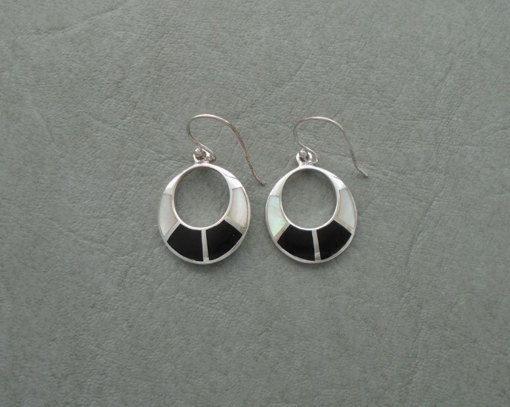 Sterling silver, Mother of Pearl & black onyx open disc earrings