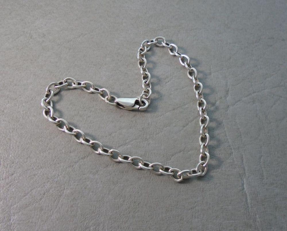 Sterling silver trace chain bracelet (7.5