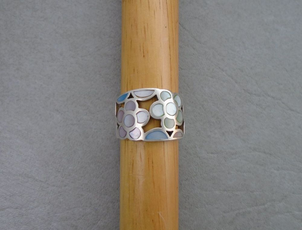 Wide floral sterling silver & dyed Mother of Pearl ring