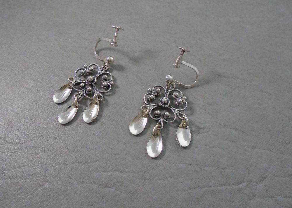 Fancy 830 silver Balinese earrings