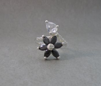 Floral sterling silver ring with black & clear stones