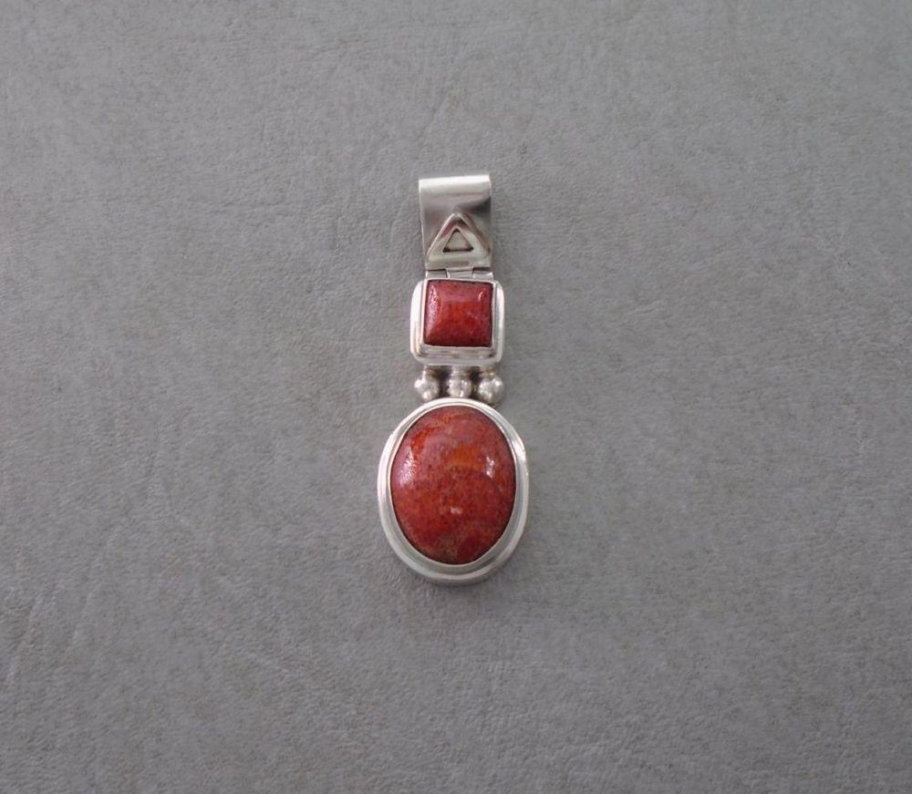 Sterling silver & sponge coral pendant