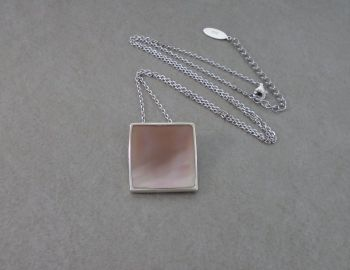 Sterling silver & pink Mother of Pearl necklace