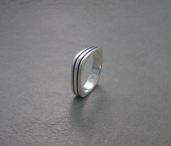 Squared sterling silver ring with two stripes