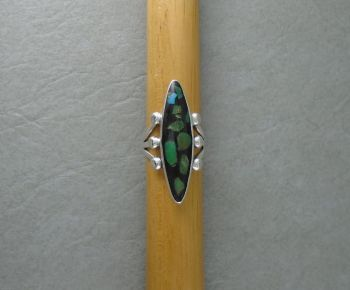 Sterling silver Navajo south western ring with turquoise pieces