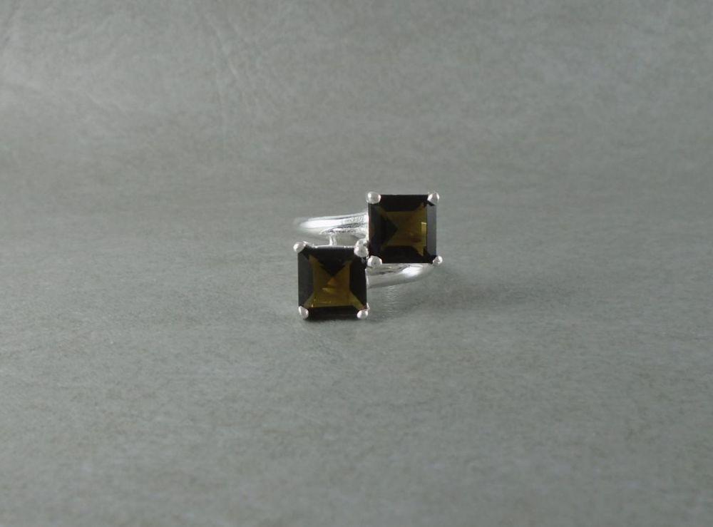 Sterling silver & imitation smokey quartz ring