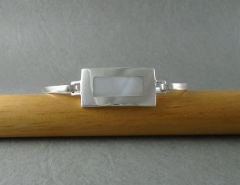 Sterling silver & Mother of Pearl bangle