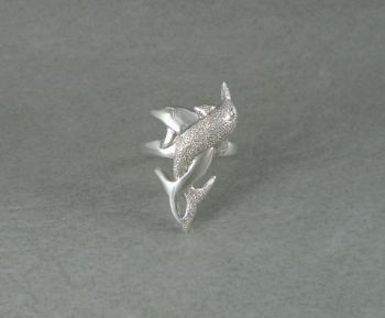 Heavy solid sterling silver dolphin ring