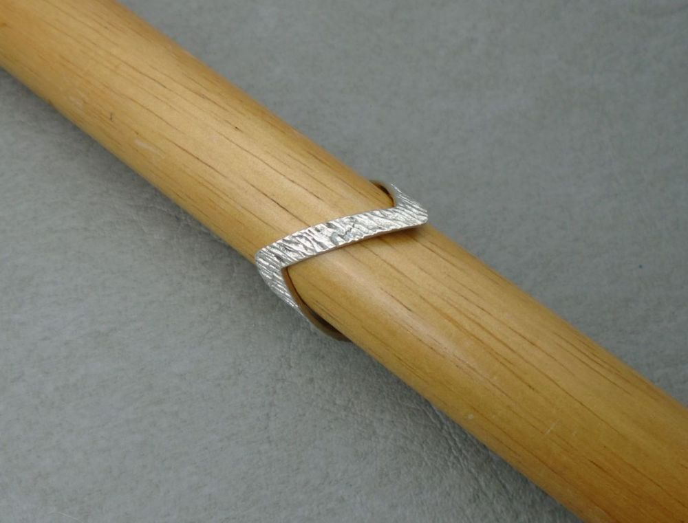 Vintage sterling silver double wishbone ring