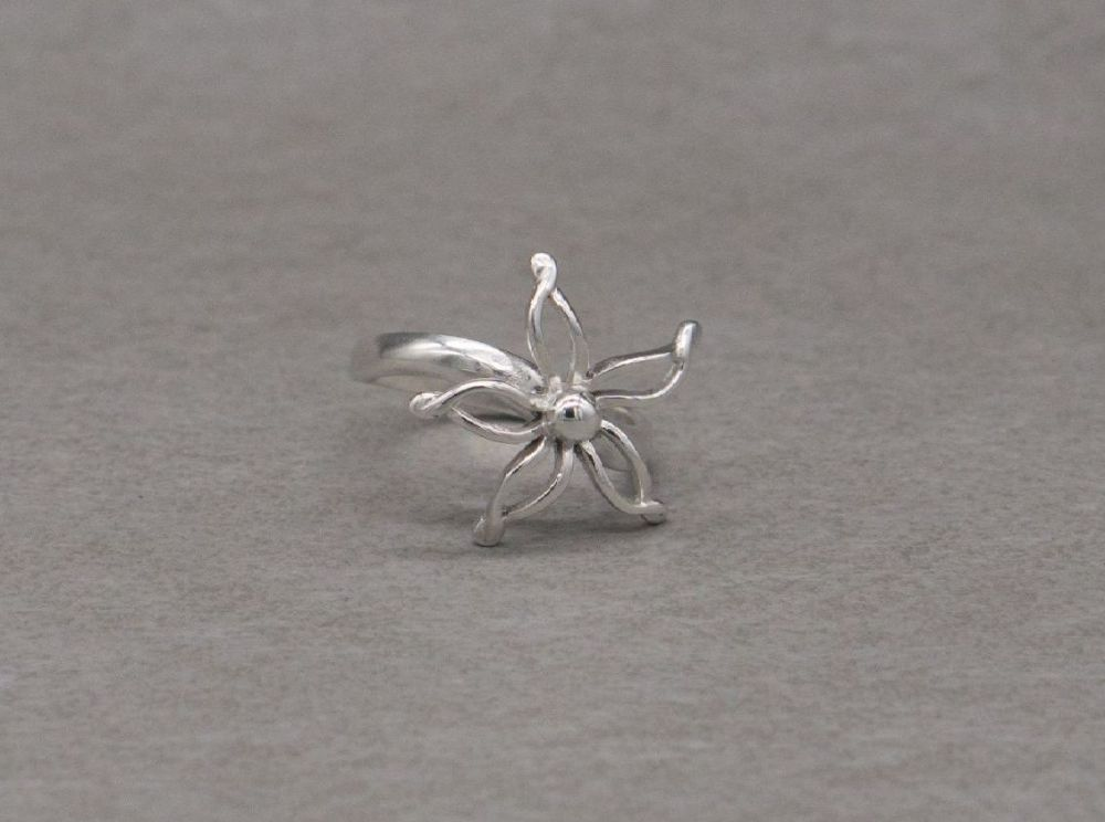 Sterling silver flower head ring
