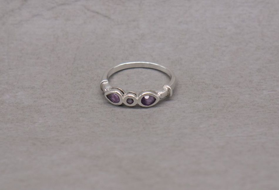 Slim sterling silver & amethyst ring