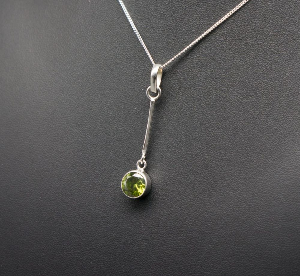 Sterling silver & green dropper necklace